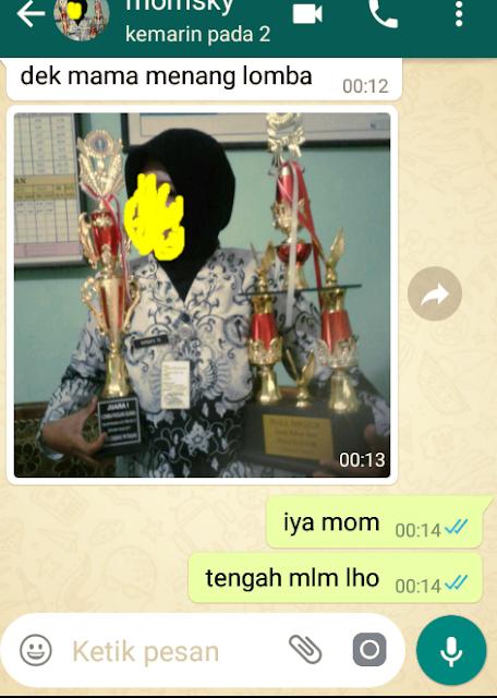 11 Hal ini 100% Dilakukan Ibu Saat Baru Bisa Pakai WhatsApp yang Bikin Ngakak