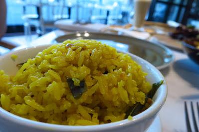 Dancing Fish Signature, nasi berempah kuning