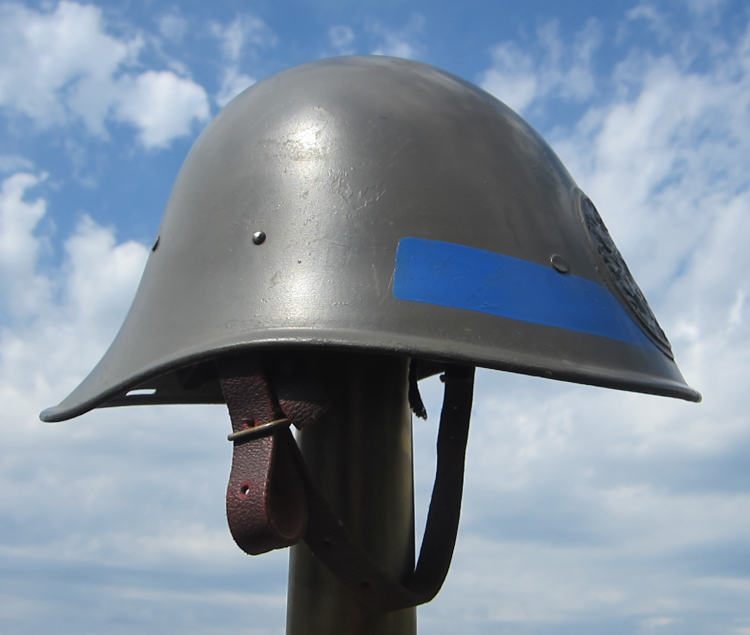 Mannie Gentile: Combat Helmets of the 20th Century: Dutch Treat