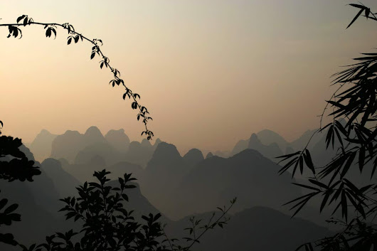 A Glad Diary: Unusual Tours of China: From Flat Landscapes to Mount Everest