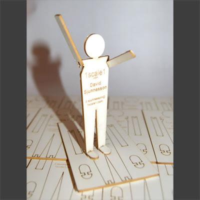 Tarjeta de presentación de madera