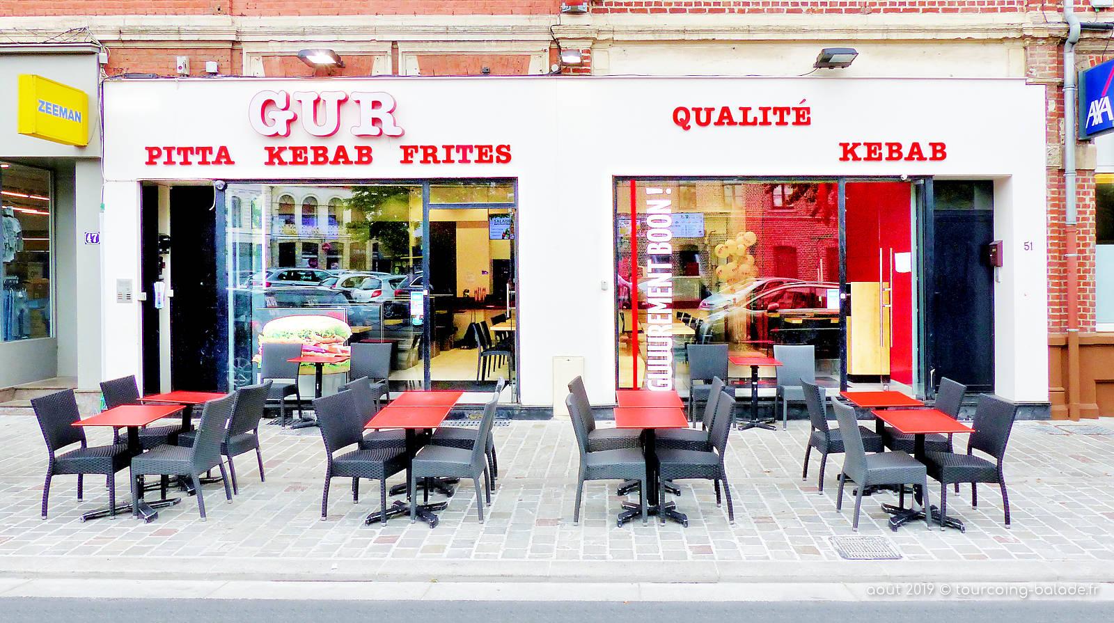 GUR Kebab, Tourcoing centre - Vitrine et terrasse