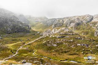 Wanderweg zum Kjeragbolten in Rogaland, Norwegen. WELTREISE