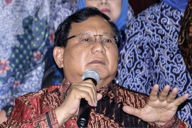 Pak Prabowo, Kami Memilih Anda Tapi,  Prabowo : Terima Kasih Bung Salim. Saya Catat Baik-baik