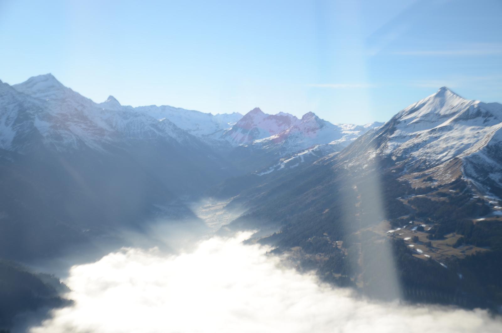 Le massif du Mont-blanc en avion