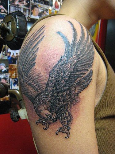 Tattoo Ideas Eagles: Latest Tattoos Designs: Latest Eagle Tattoos Designs