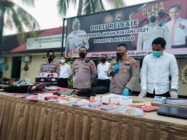 Polres Mataram Ringkus 135 Tersangka Dan 9 Residivis Kelas Kakap Saat Operasi Jaran Rinjani 2021