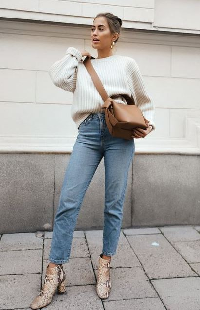Ways to Style Your Jeans This Winter