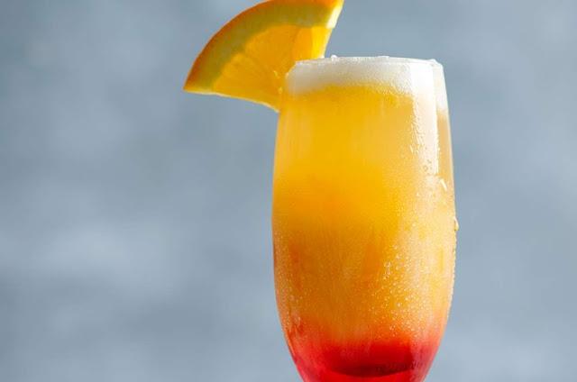 Bebida refrescante: Sunrise con prosecco