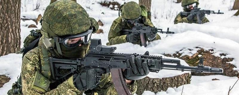 Російські спецпідрозділи отримали форму з підігрівом