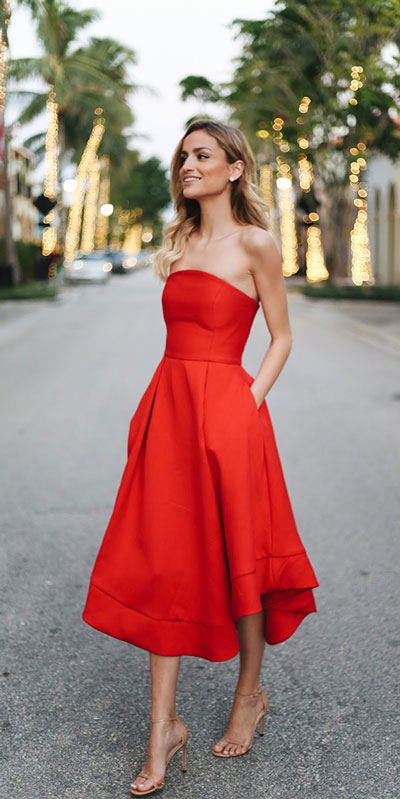 27 Adorable Fall Date Night Outfits Guaranteed to Impress. 27 Stylish Fall Outfits to Wear On Your Next Date, from Casual to Fancy. Fall Fashion via higiggle.com | red midi dress | #falloutfits #dateoutfits #datenight #mididress