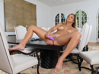 InTheCrack 1007 Keisha Grey Full Picture Set