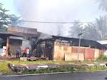 Kedai Bahan Bangunan di Simpang Tembok Terbakar, Kerugian Ditaksir Rp 1 Miliar