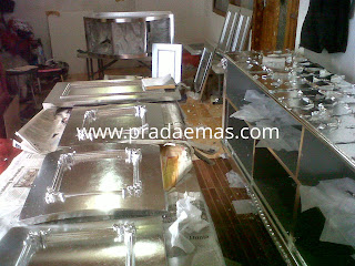 nakas silver leaf finish
