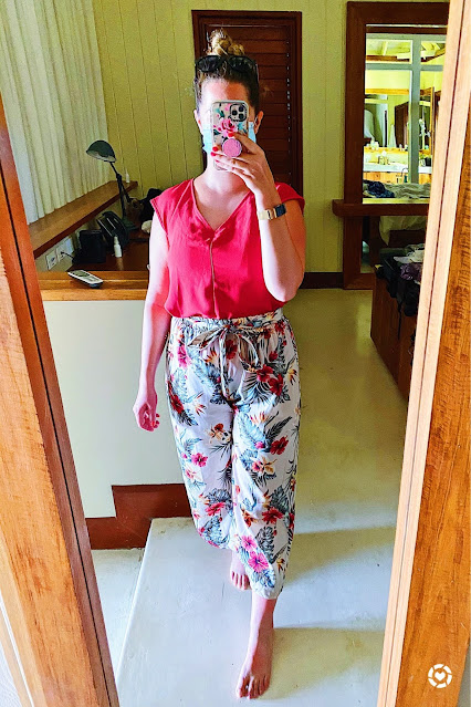 Red Top Floral Culottes Outfit || Tori's Pretty Things