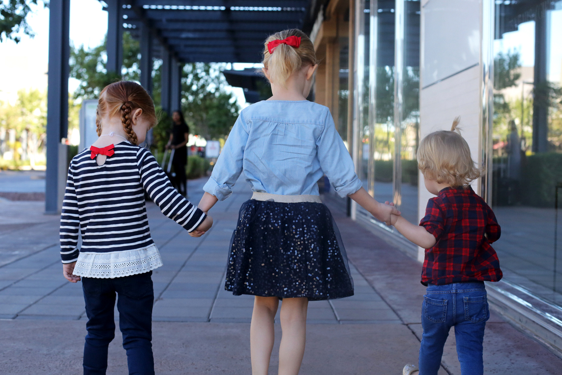 Wondering how to pick things that look great, your kids will like and will hold up for years? Try these five tips.