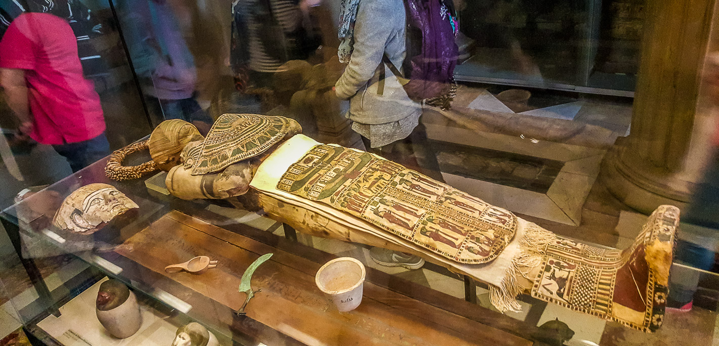 Egyptian mummy in Louvre