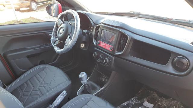 Fiat Strada 2021 Volcano - painel