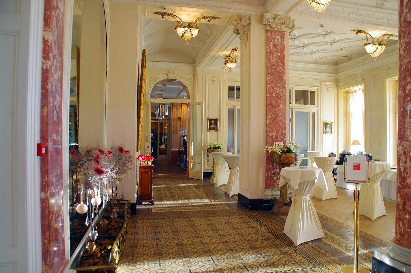 Hotel Schweizerhof Luzern Bar Lobby