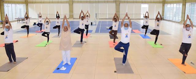 जे.सी.बोस विश्वविद्यालय में अंतर्राष्ट्रीय योग दिवस मनाया गया,आनलाइन जुड़े 300 प्रतिभागी