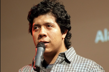 Alan Mills, poeta, ensayista y crítico literario guatemalteco.