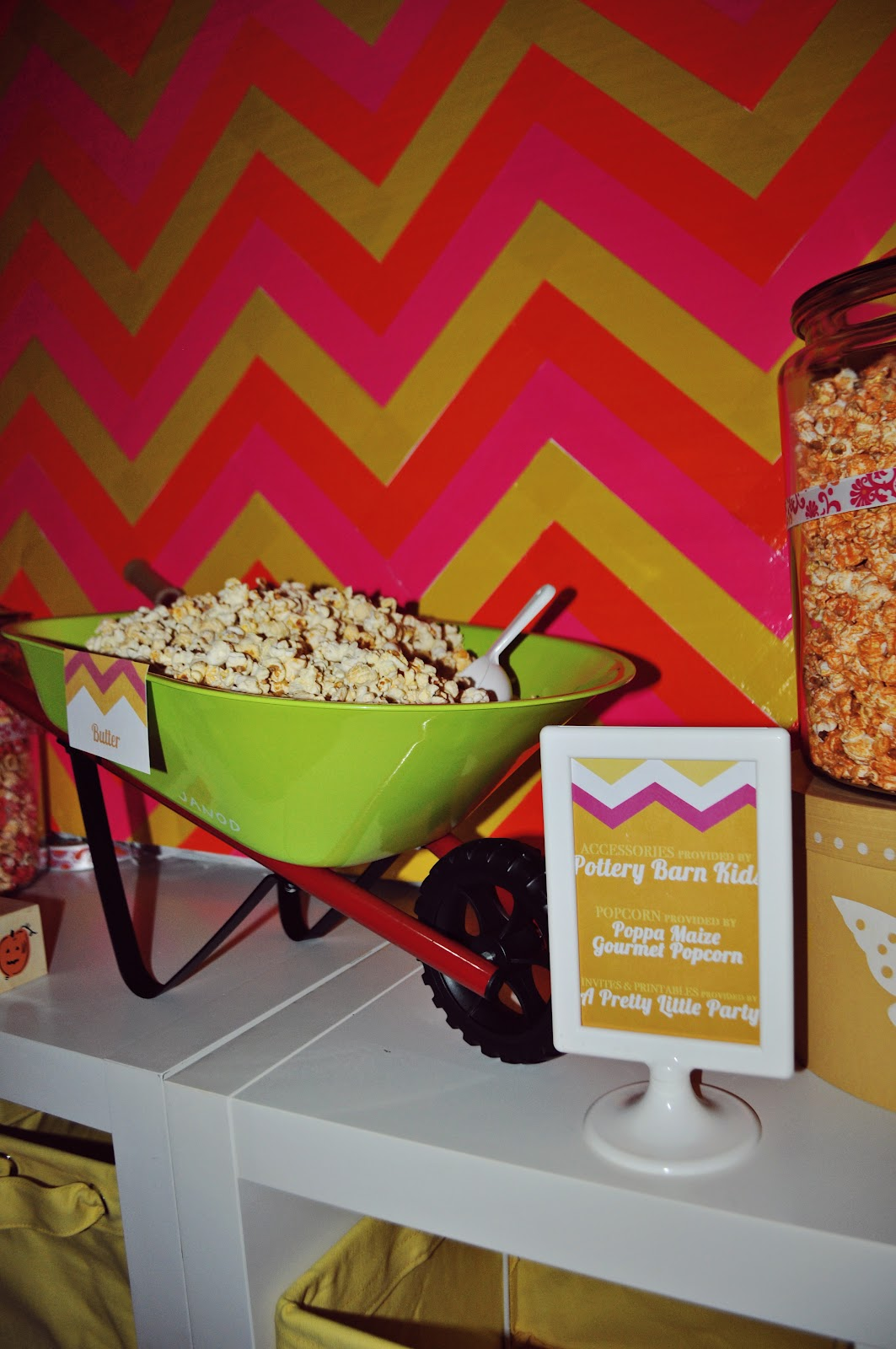 Maddycakes Muse Popcorn Bar The Knot The Bump Event