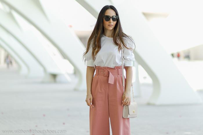 Como Combinar Los Pantalones Paper Bag Blusa Y Zapatos Multicolor De Magrit With Or Without Shoes Blog Influencer Moda Valencia Espana