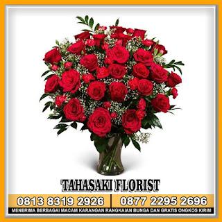 Bunga Mawar Meja