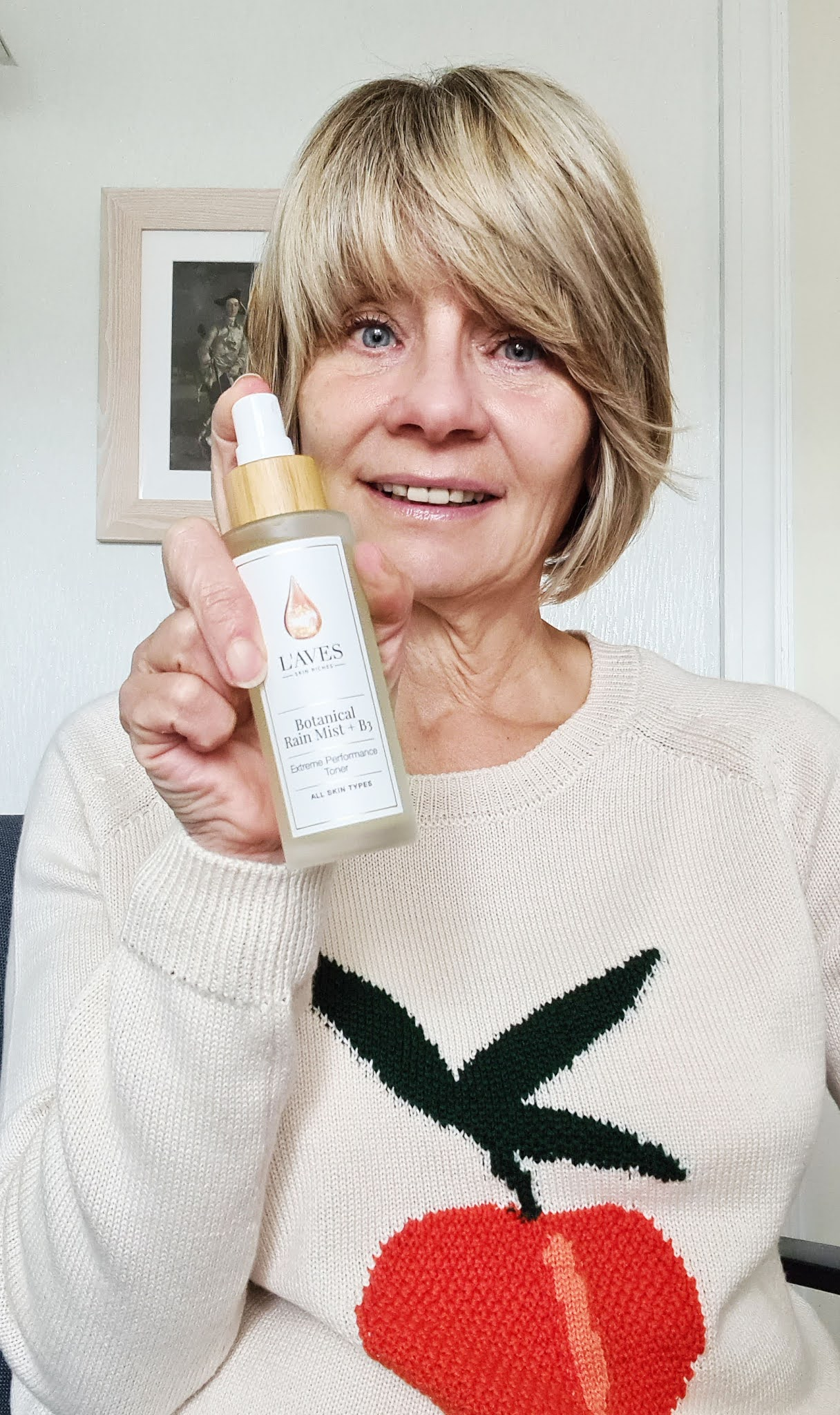 Gail Hanlon from Is This Mutton tries L'AVES's Botanical Rain Mist + B3 toner