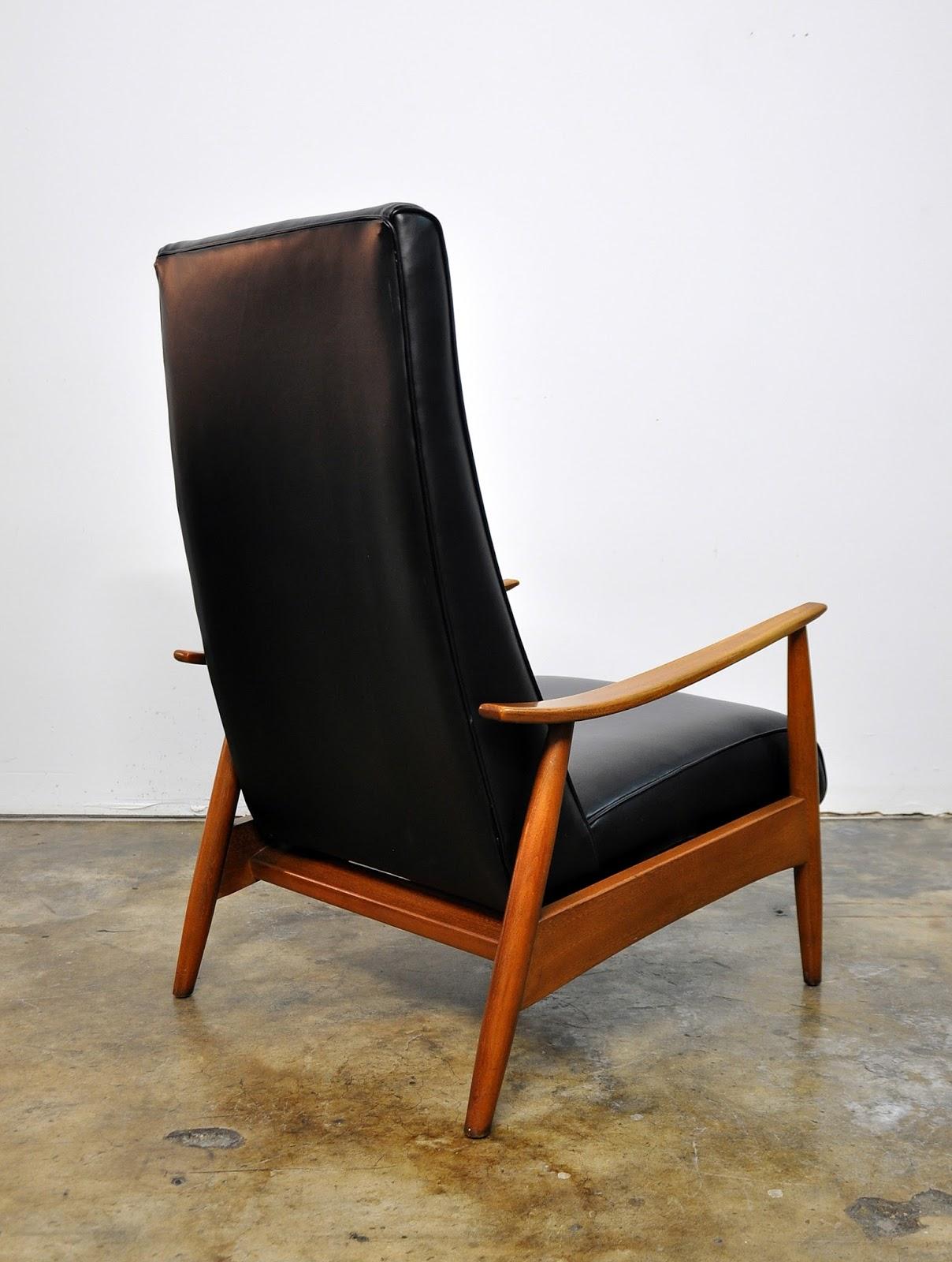 SELECT MODERN: Milo Baughman Recliner 74 Lounge Chair