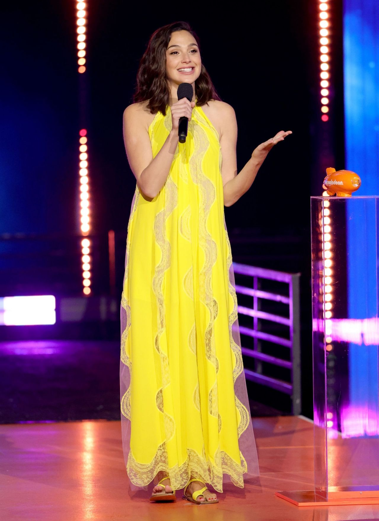 Gal Gadot – 2021 Nickelodeon Kid's Choice Awards
