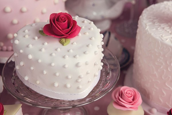 Heart shaped mini cake with sugar craft rose