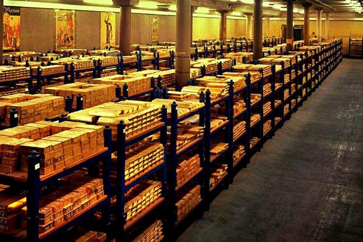 Bankrate isimli bir kaynak, Rothschild ailesinin servetini 400 milyar olarak tahmin etmektedir.
