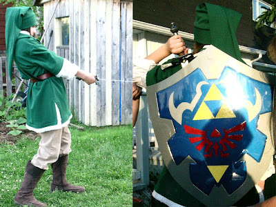 OOT Link's cosplay and shield - journaljose.blogspot.com