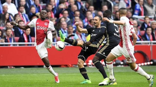 Ajax Gebuk Lyon 4-1