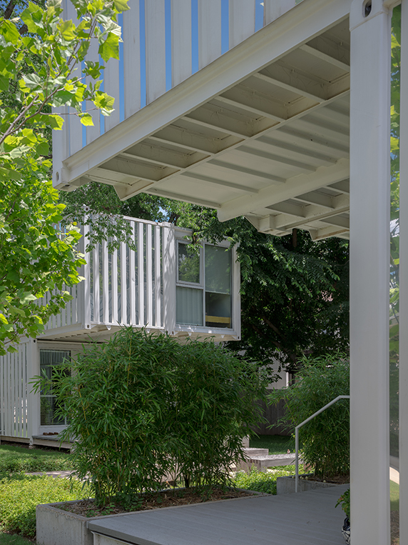 Award-Winning Shipping Container Homes, Oklahoma City 16