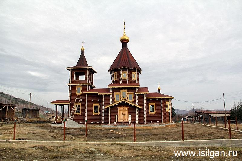 Cerkov-Uspenija-Presvjatoj-Bogorodicy-Poselok-Mauk-Cheljabinskaja-oblast