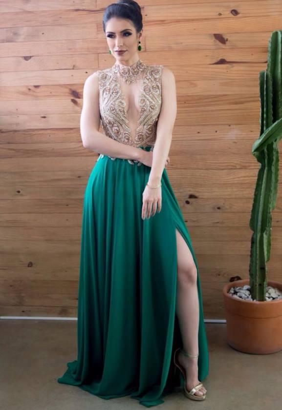 vestido de festa verde com fenda