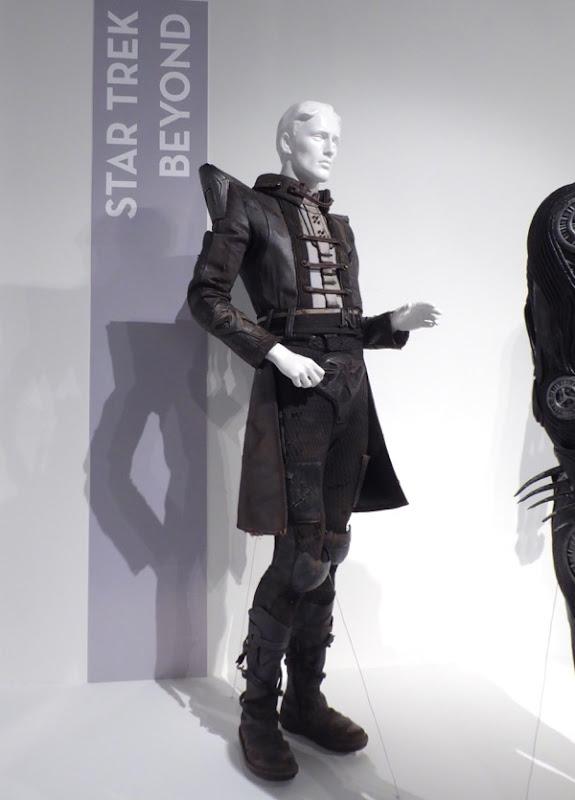 Danny Pudi Star Trek Beyond Fi'Ja alien costume