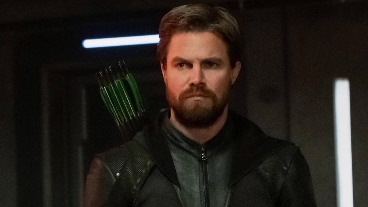 Stephen Amell revela porque retornou para a oitava temporada de Arrow