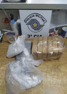 POLICIA MILITAR PRENDE UM CASAL COM OITO QUILOS DE DROGAS EM IGUAPE