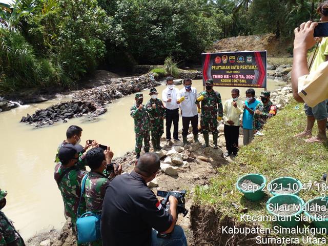 Kodim 0207/Simalungun Melalui Koramil 07/Pasar Baru Laksanakan Pra TMMD Ke-112 Pembangunan Sasaran Fisik