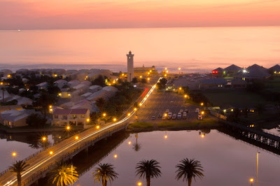 After sunset over Woodbridge Island, Cape Town