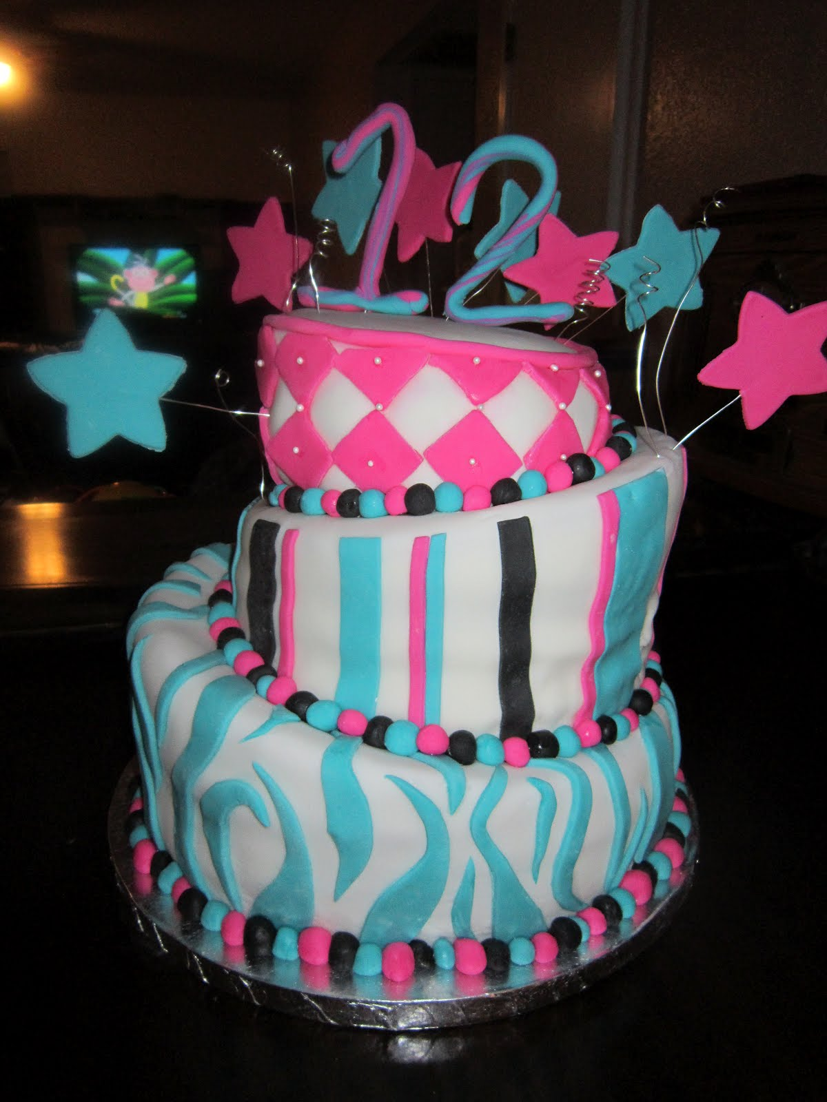 Nickel Anet Cakes The Topsy Turvy 12th Birthday Cake