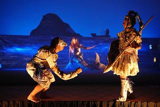 """""""Ο Μεγαλέξανδρος νικάει τον δράκο"""", σε κείμενο και σκηνοθεσία Δήμου Αβδελιώδη."""
