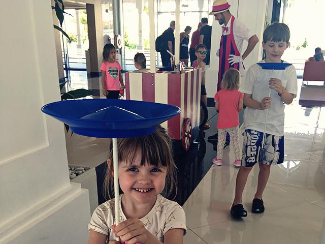 entertainment kinderen receptie hotel
