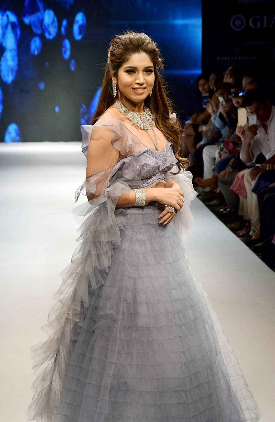 Bollywood Celebrity at India International Jewellery Week 2017