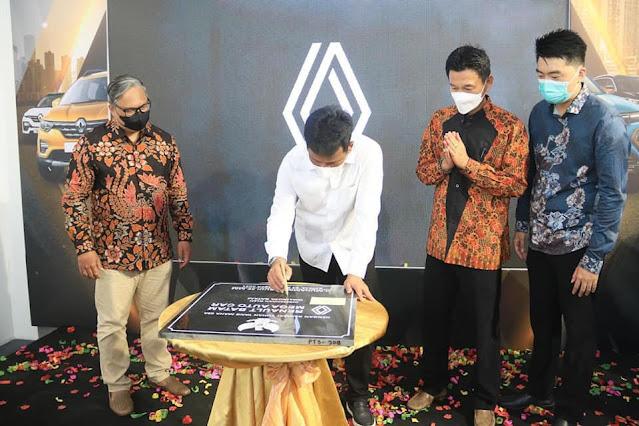 Grand Opening Renault Mega Auto Car Batam, Rudi : Tahun 2024 Jalan Utama Akan SElesai Ditata