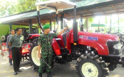Sukseskan Swasembada Pangan, Anggota TNI Kodim Ponorogo Dibekali Alsintan
