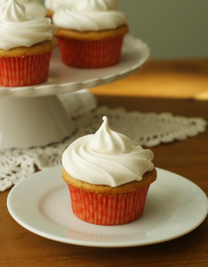 hazelnut cappuccino cupcakes with 7-minute frosting